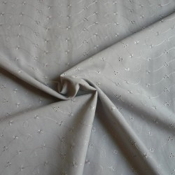 broderie-gris-2