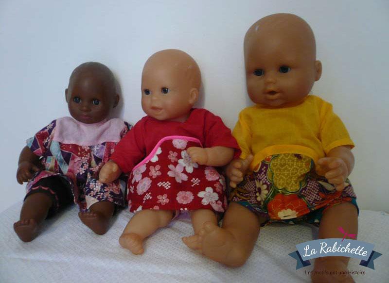 Petites tenues de poupées