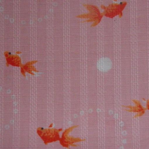 poissons roses