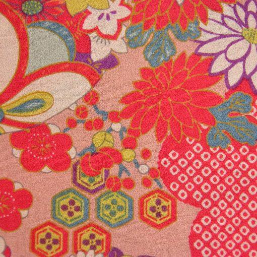 tissu japonais fleuri et boules temari