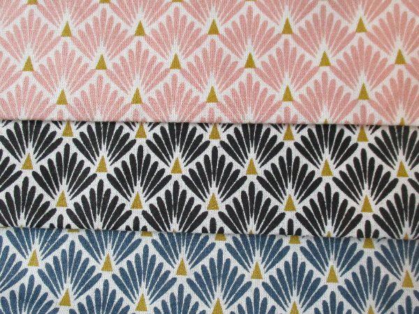 tissu motif art d co bleu fonc collection caille 20 cm la rabichette. Black Bedroom Furniture Sets. Home Design Ideas