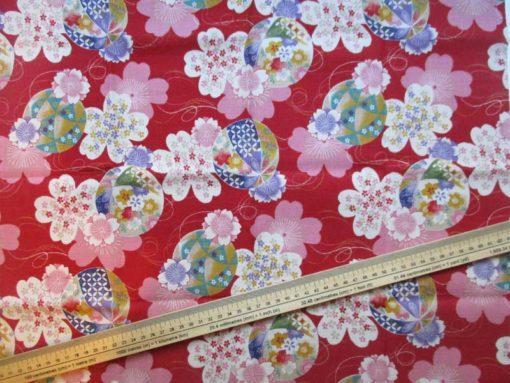 coupon tissu japonais rouge temari